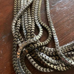 Urban Outfitters Jewelry - Mixed metals necklace